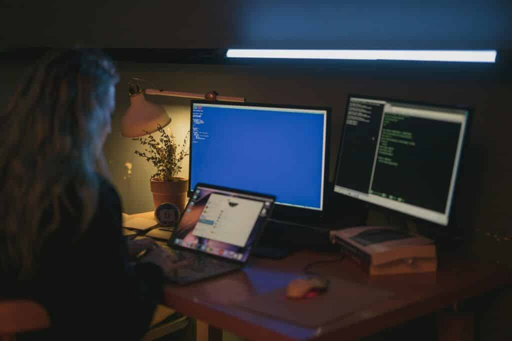 4 Actionable Business Cybersecurity Tips For Entrepreneurs